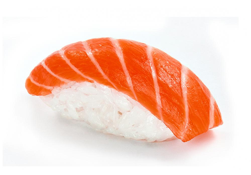 Нигири копченый лосось